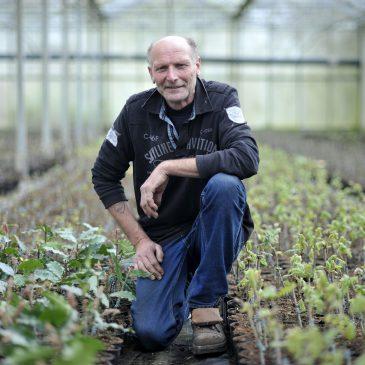 Jaap de Jong, voormalig bomenkweker en vrijwilliger bij het arboretum Assen, houdt lezing.