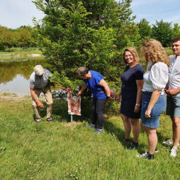 Uitgifte 250ste adoptieboom in het Arboretum Assen